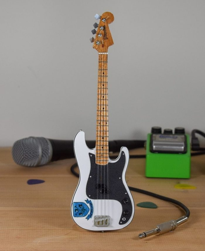Iron Maiden, Steve Harris - West Ham FC Fender Bass