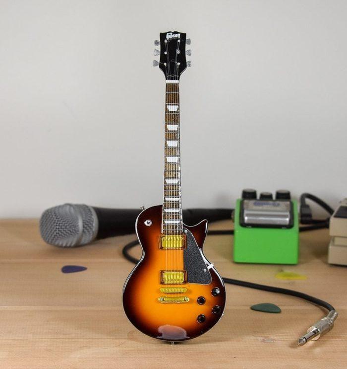 Gibson Les Paul - (sunburst)