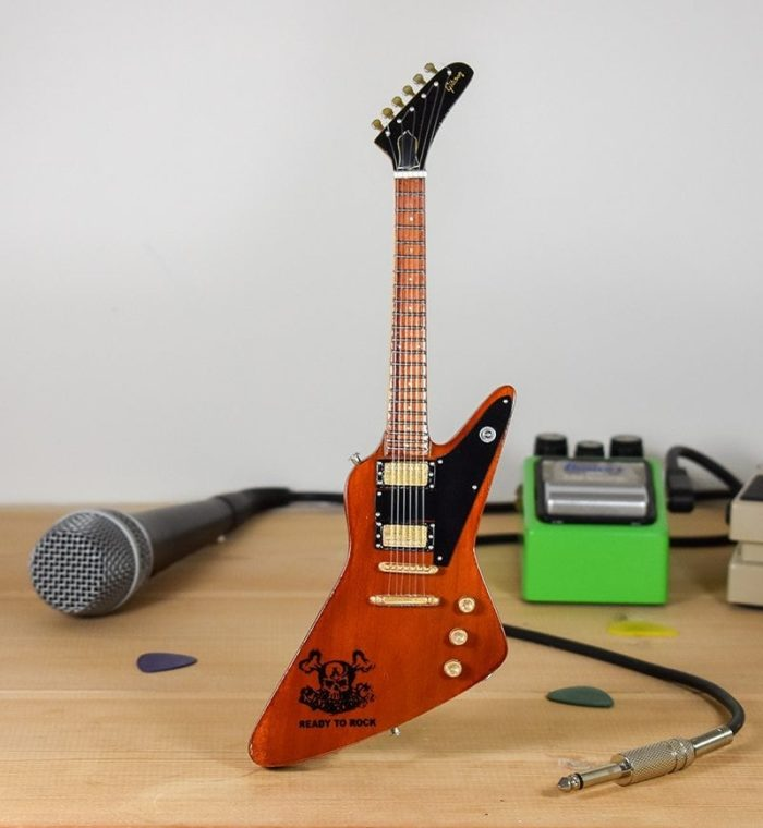 Airbourne, Joel O'Keeffe - Gibson Explorer (natural)