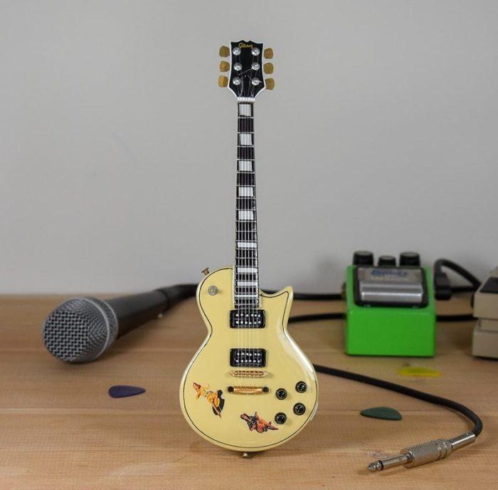 Sex Pistols, Steve Jones - Gibson Les Paul