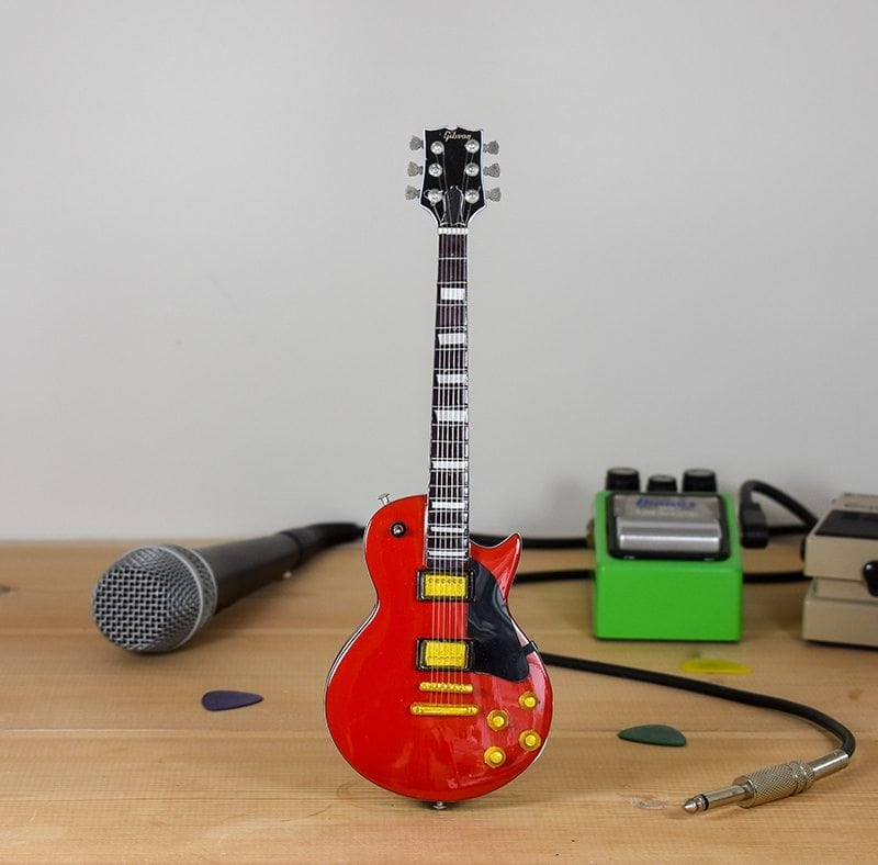 Gibson Les Paul (red)