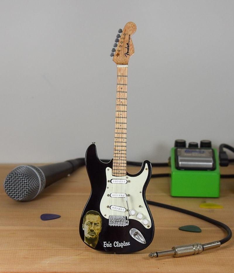 Eric Clapton Blackie Fender Stratocaster Mini Guitars