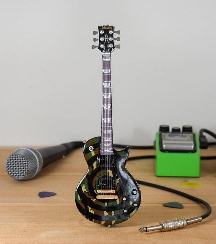 Ozzy Osborne, Zakk Wylde - Camouflage Gibson Les Paul