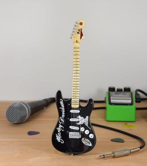 Harley Davidson - Fender Stratocaster