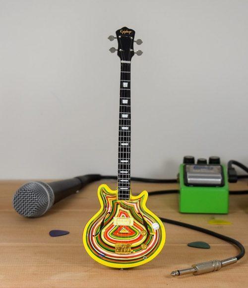 Stone Roses, Mani - Epiphone Bass