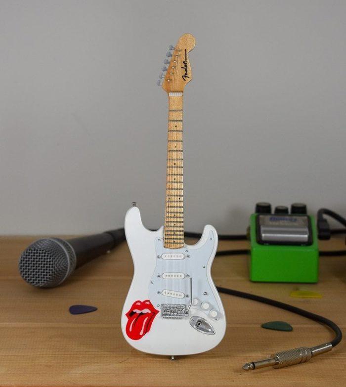 Rolling Stones, Lips - Fender Stratocaster
