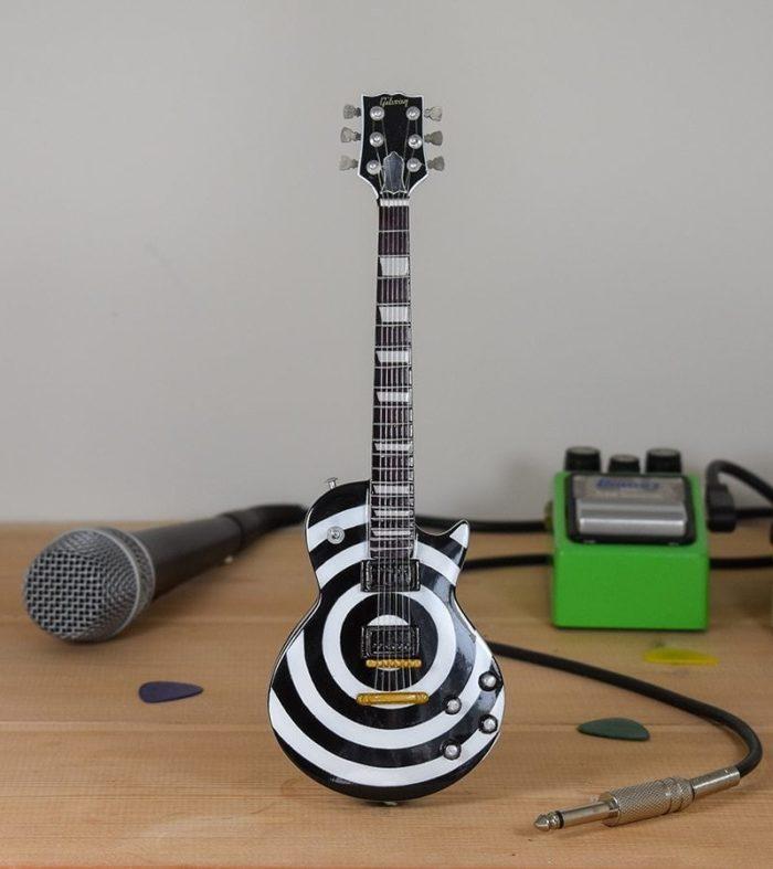 Ozzy Osborne, Zakk Wylde - White / Black Gibson Les Paul
