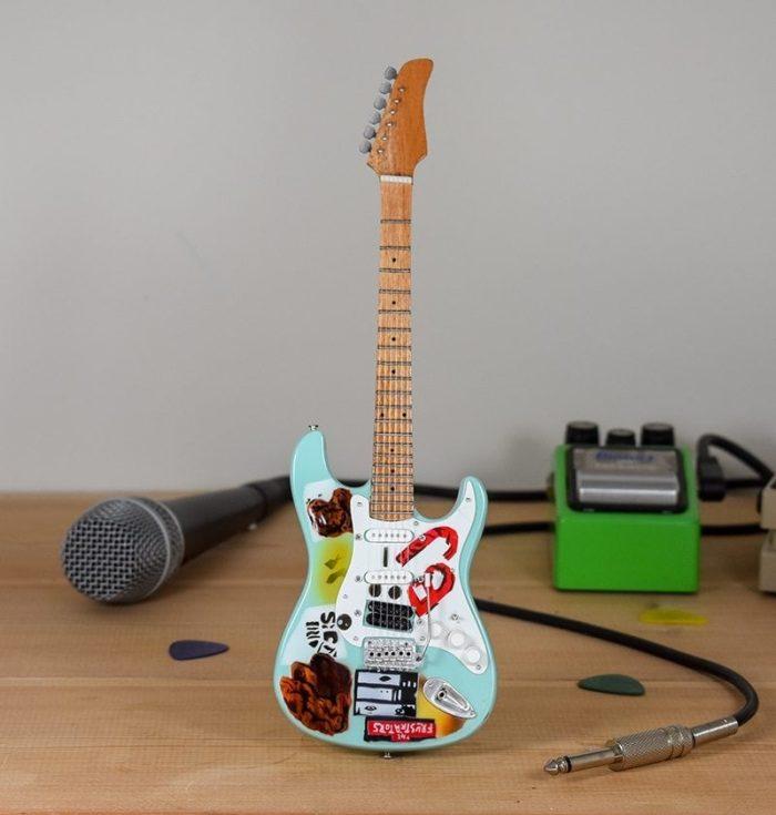 Green Day, Billie Joe Armstrong - Fernandes Fender Stratocaster