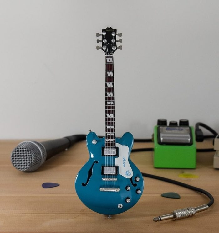 Oasis, Supernova - Epiphone