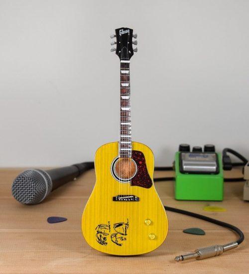 John Lennon - Gibson Acoustic