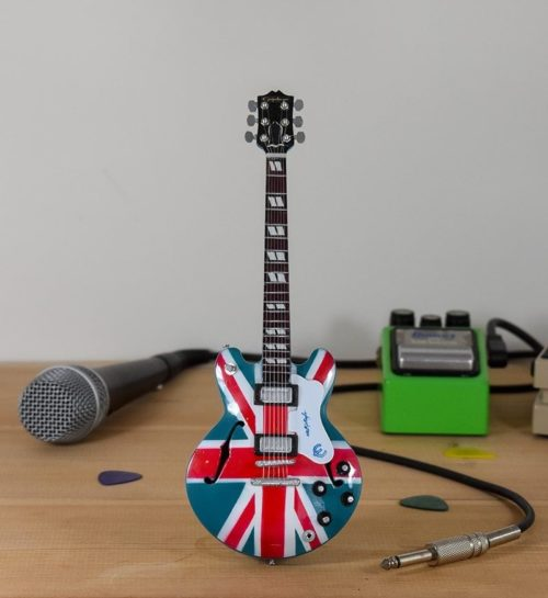 Oasis, Noel Gallagher, Union Jack - Epiphone