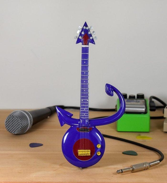 Prince - Purple Symbol