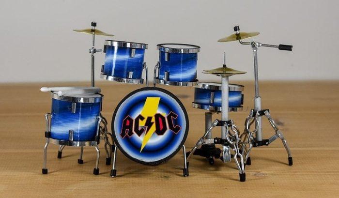AC/DC Drum Kit (small)