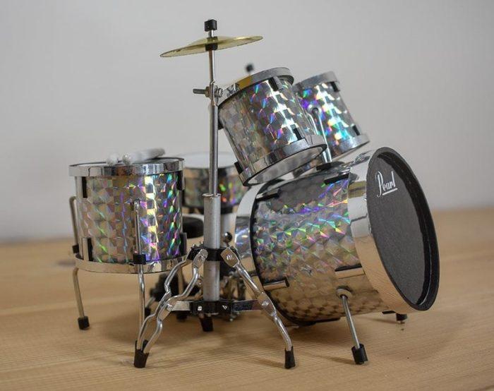Pearl Drum Kit (silver)