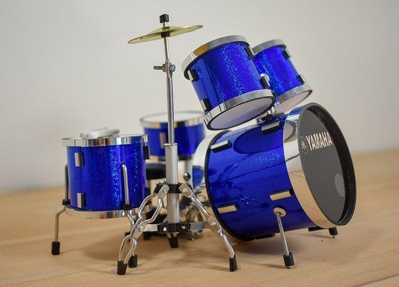 Yamaha Drum Kit (blue)