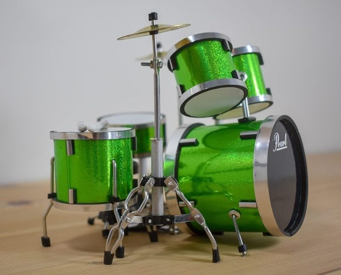 Pearl Drum Kit (green)