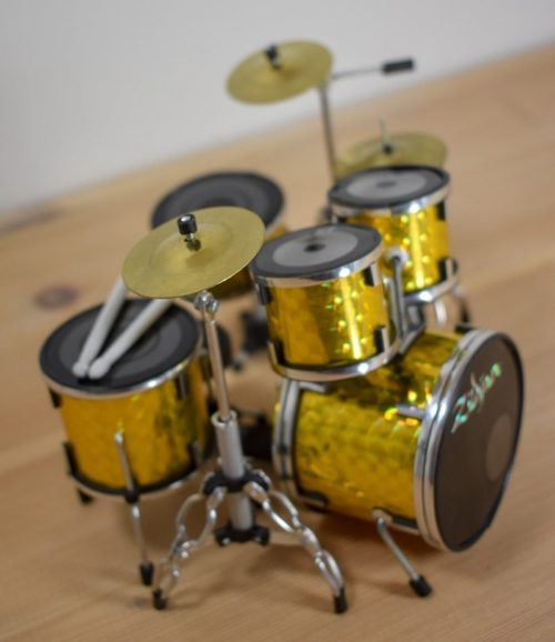 Zildjian Drum Kit (gold)